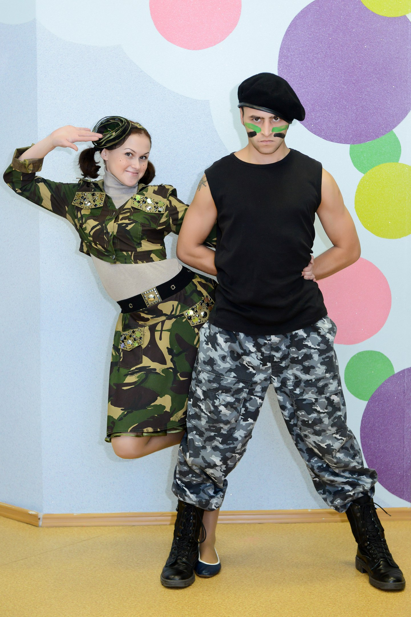 Капитан Кастрюлькин и сержант Веснушкина